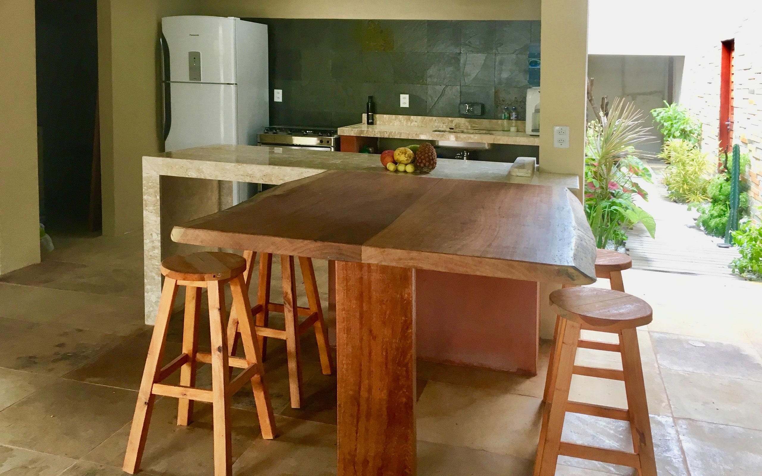 vilakapa-parajuru-bresil-maison-vila-kapa-cuisine-02a-2560