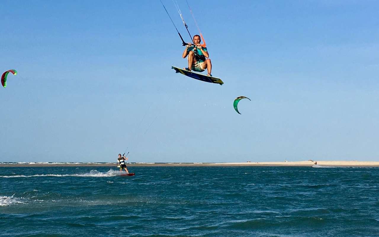 vilakapa-parajuru-bresil-parajuru-spot-kitesurf-saut-02