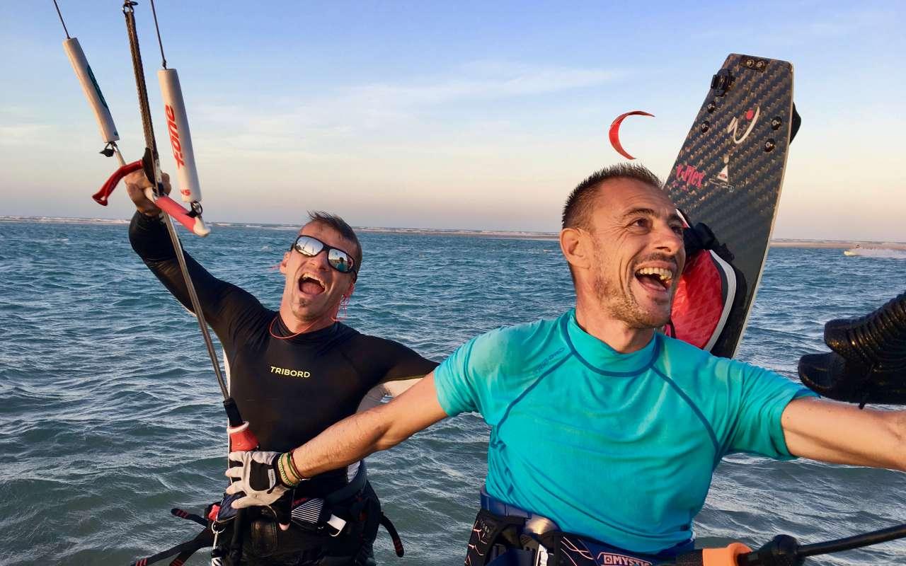 vilakapa-parajuru-kitesurf-friends