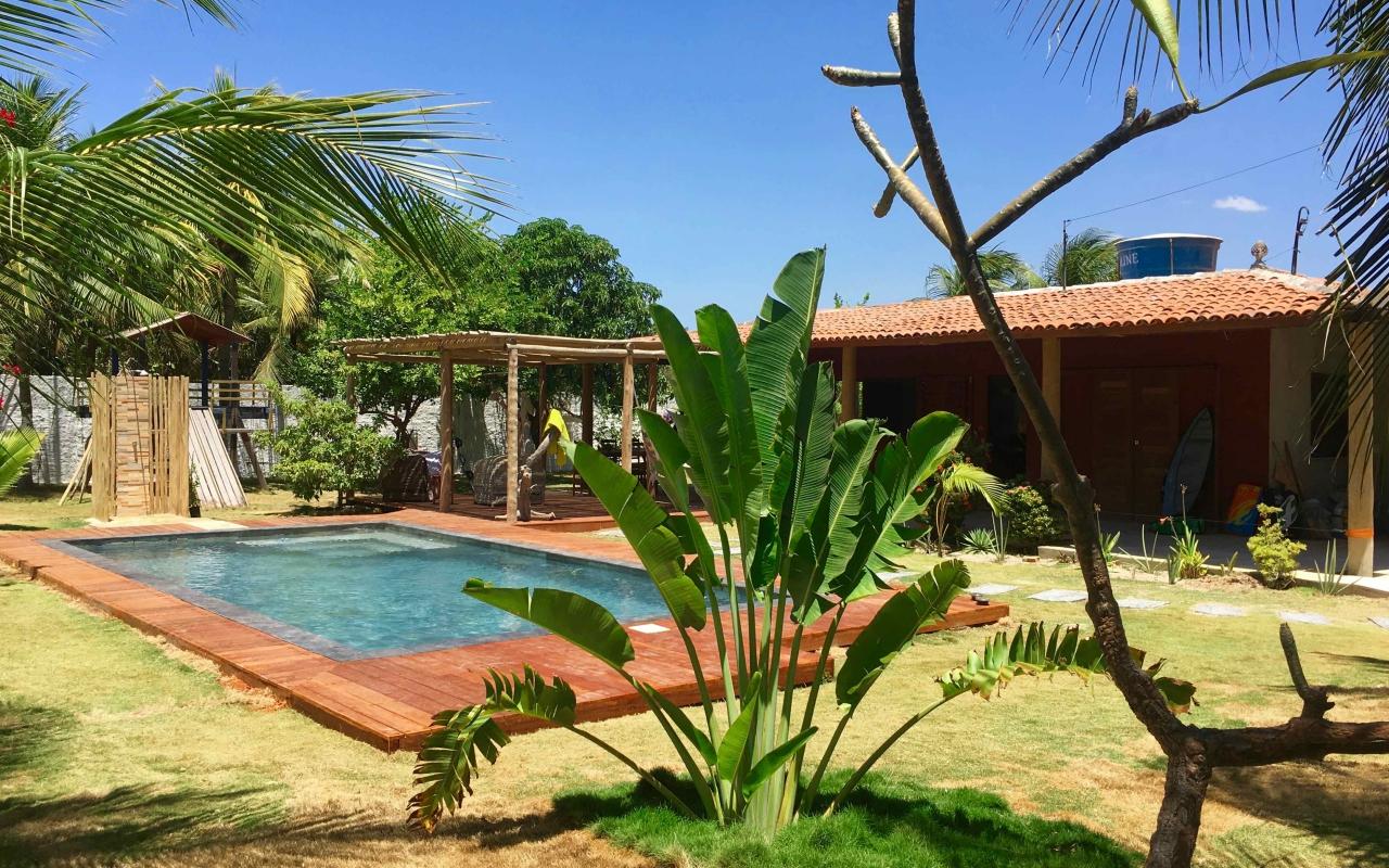 vilakapa-parajuru-bresil-maison-vila-kapa-jardin-piscine-01-1280