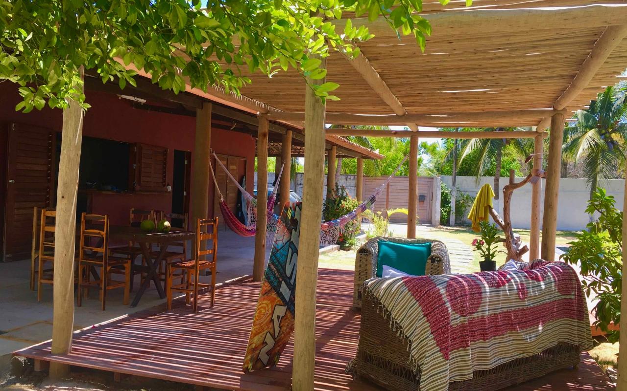 vilakapa-parajuru-bresil-maison-vila-kapa-jardin-terrasse-piscine-kite-01-1280