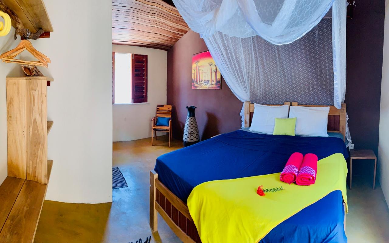vilakapa-parajuru-bresil-maison-vila-kapa-chambre-amarelo-dressing